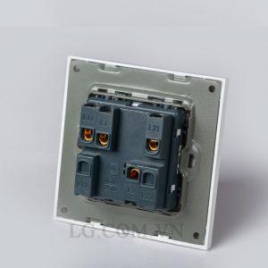 Công tắc điện đôi mặt vuông nhựa trắng LG tech