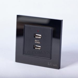 Ổ cắm USB âm tường hai cổng mặt kính cường lực chất lượng cao